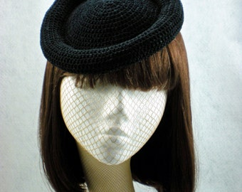Black Bumper Hat  Retro 1940s Crocheted