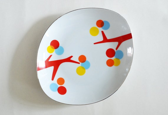 The branches & dots plate