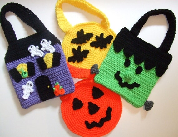 Crochet Pattern Halloween Trick or Treat Bags, Digital Download