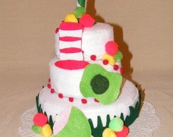 Green Eggs and Ham theme felt cake