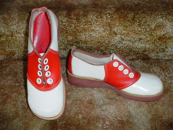 Vintage 50s Red Womans Saddle Shoes 6B