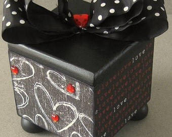 Chalk Heart Trinket Box