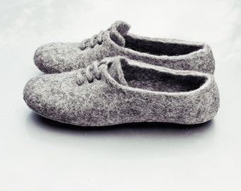 Felted wool slippers, Men Womens slippers in Gray, Handmade wool shoes sneakers House slippers