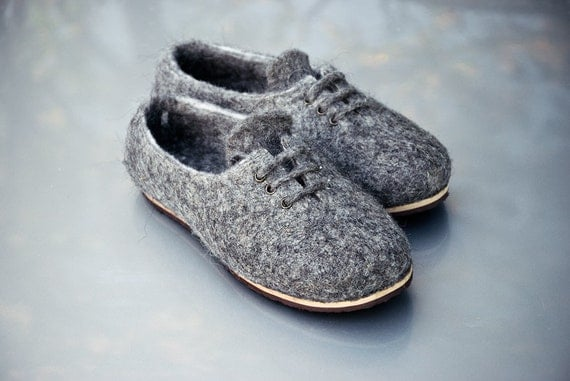 Gift for her - Wool shoes tie sneakers Gray - Natural felted wool slippers shoes Handmade footwear