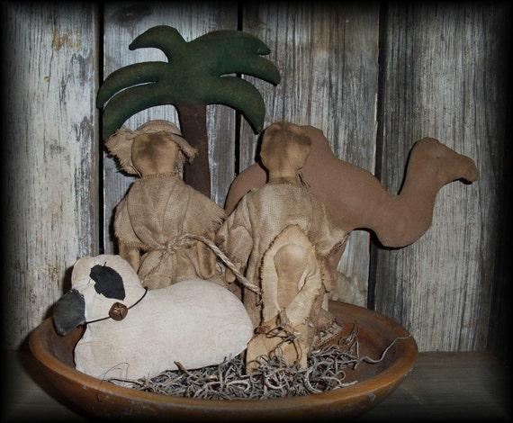 Primitive Christmas Nativity Ornie Set bowl filler