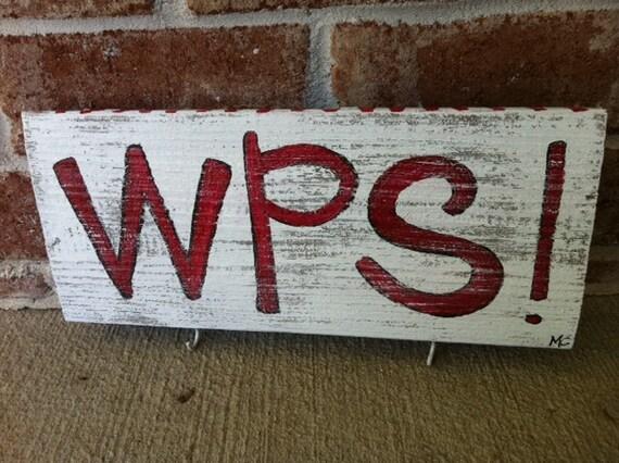 WPS keyholder... woo pig sooie..arkansas razorbacks..painted reclaimed wood