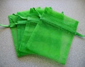 30 - 3 x 4 Emerald Green Organza Bags - Great for wedding favors, sachets, jewelry, etc.
