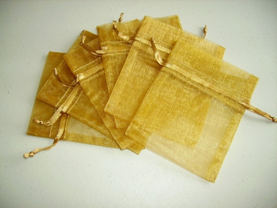 30 - 4 x 6 Gold Organza Bags - Great for wedding favors, sachets, jewelry, etc.