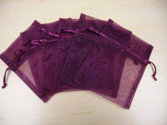 9 - 12 x 14 Burgundy Organza Bags - Perfect presentation for your handmade items - Great for wedding favors, sachets, jewelry, etc.