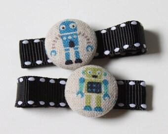 rObOtS...2 button hair clips