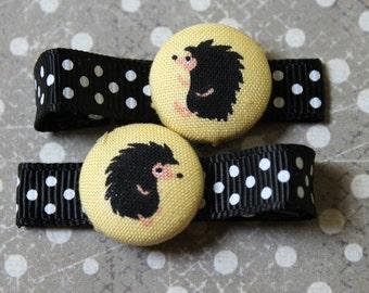 Hedgehog Friends.....................2 button hair clips