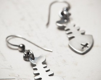 sale FISHBONES earrings