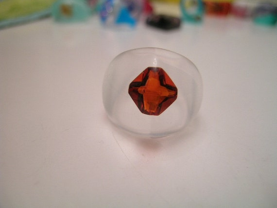 Flame Red Gemstone Floats in Clear Resin Dome Ring, size 6.5