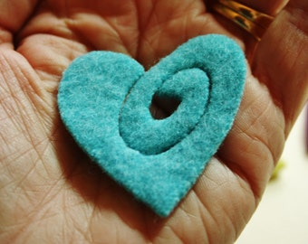 "Heart brooch kit....  48"" of brass zipper and sweater felt .. no instructions included in this order...supplies only."