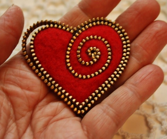 Heart brooch kit.... brass zipper and two ready cut hearts...your choice of color.