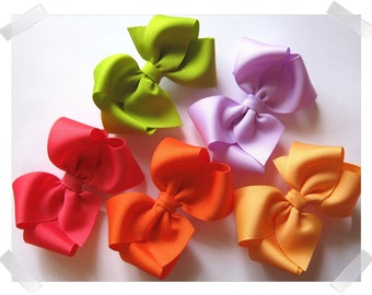 CUSTOM Value Package of 5 Medium Basic Grosgrain Hair Bows - In Your Choice of Over 100 Available Colors