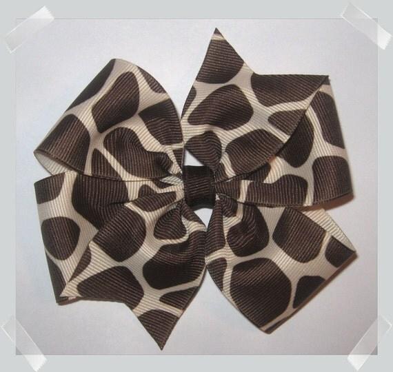 Med. Pinwheel Style GIRAFFE Print Grosgrain Hair Bow