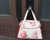 Lauras Luggage Large Handbag in Red Roses