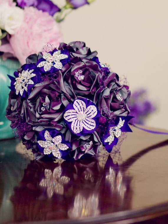 Bridal bouquet Purple Romance - Handmade pure silk flowers and rhinestone brooches