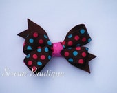Spunky Dots hair bow (no slip)