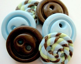 Little Boy Blue (handmade buttons set of 6)