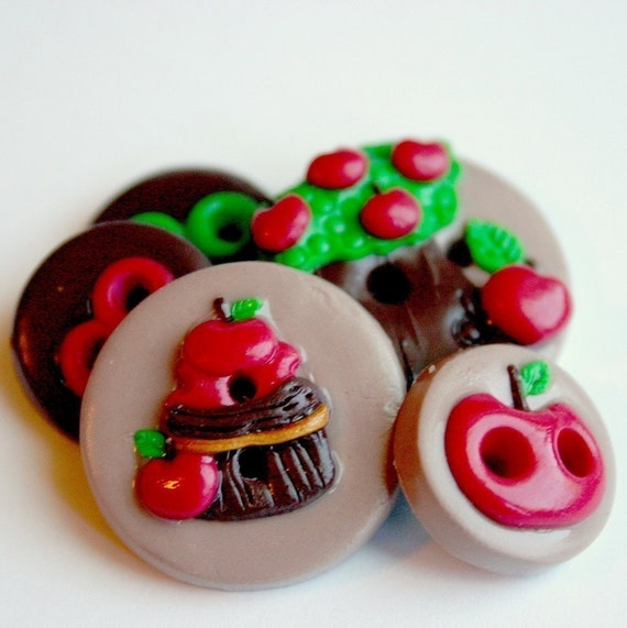 Apple Orchard (handmade buttons set of 5)