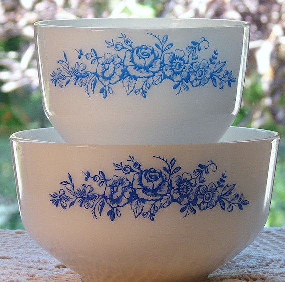 Vintage Federal Milk Glass Blue Rose Mixing Bowls