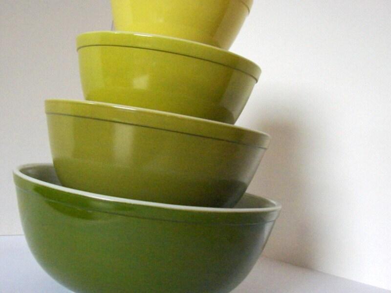 Vintage Pyrex Verde Mixing Bowl Set By Sassboxclassics On Etsy