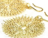 Chic gold disc earrings - 1.6 inch - crocheted with 14k gold filled