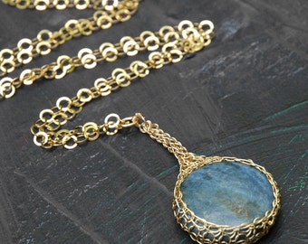 Choker necklace  Lapis stone pendant necklace , Gold filled crocheted potion pendant necklace ,  round coin blue lapis cabuchon