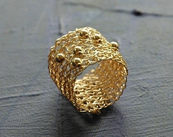 SPORADIC Band ring - gold ring - modern design - wire crochet band ring -  knitted ring - textile jewelry - gold lace ring