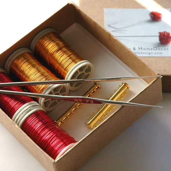 WIRE crochet supply kit, 4 wire spools, 2 tube clasps, 2 crochet hooks 0.6mm
