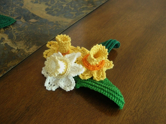 INSTANT DOWNLOAD Crochet Pattern,Daffodil Bouquet , Lovely adornment for your projects PDF File