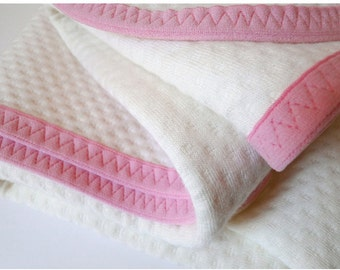 Luxurious quilted termal organic cotton blanket  for baby, toddler or child with ROSE PINK trim