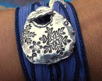Snowflake Jewelry, Snowflake Silk Wrap Bracelet, Snowflake Silver Jewelry, Snowflakes Art