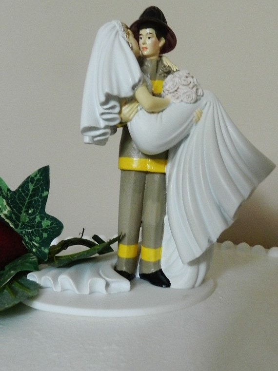 fireman and bride wedding cake toppers items similar to fireman firefighter wedding cake topper 14268