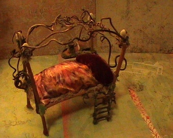 Fairy Furniture, Fairy Dreaming Bed from France