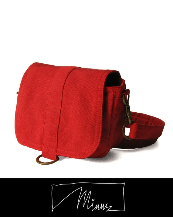 Organic saddle pouch in ruby - hipster, hip bag, hip pouch, hipster bag, belt hip bag