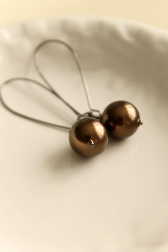RESERVED - Chocolate Bronze Beauties, Shell Pearl Earrings, Handmade by nancywallisdesigns