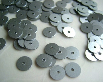 7g of 6 mm Flat Round Sequins in Satin Silver Color(approximately 700 ct.)