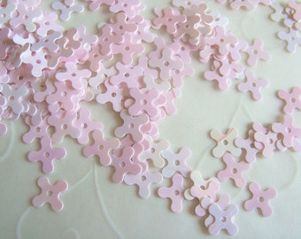 7g of 7 mm 4 Petals Flower Sequins in Opaque Light Pink Iris Color