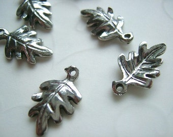 Fall Selected  -- 12 PCS Double Sided Oak Leaf Charms -- 16x10mm -- Antique Gold OR Antique Silver (U PIck)