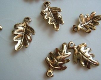 Fall Selected  -- 8 PCS Double Sided Oak Leaf Charms -- 16x10mm -- Antique Gold OR Antique Silver (U PIck)