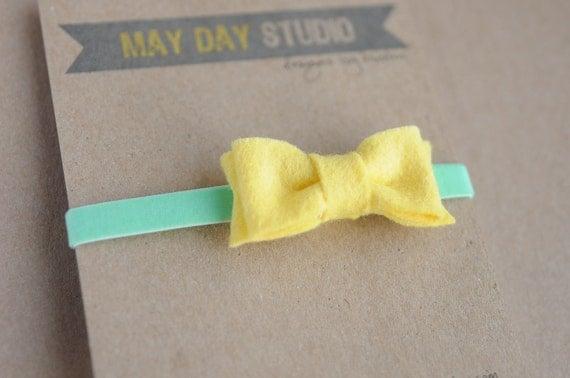 newborn baby toddler girls felt bow headband - lemonade yellow on mint velvet elastic