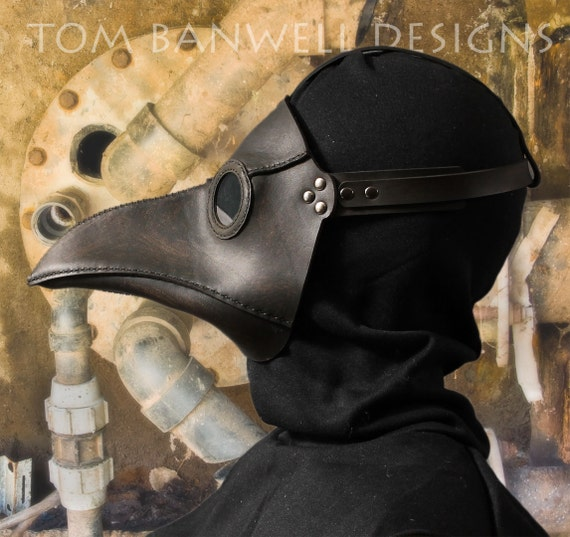 Plague Doctor's mask in black leather Classic