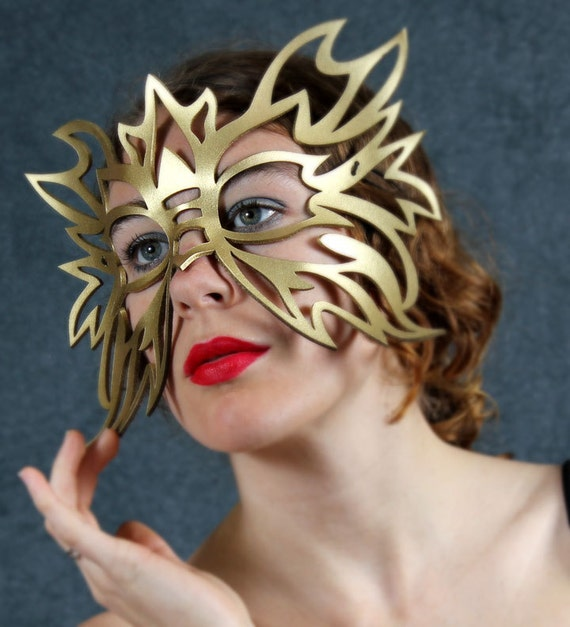 SALE! Electro Leather Mask in gold