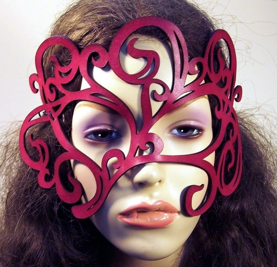 Art Nouveau swirly leaves leather mask in red