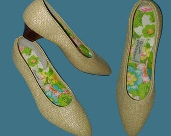 Vintage 60s Beige Straw Shoes OOmphies Cloudhoppers 5 M