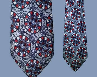 Vintage 50s Wide Tie Stained Glass Medallion Pattern