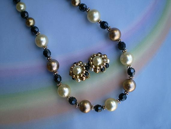 Vintage 60s Pearl and Faceted Bead Necklace Earrings
